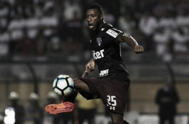 São Paulo oficializa compra de Jucilei e fecha vínculo por quatro temporadas