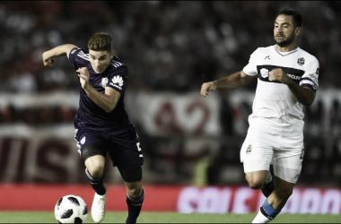 Álvarez conduce y juega. ¿Tendrá su chance ante Boca? (Foto: CARP Oficial).