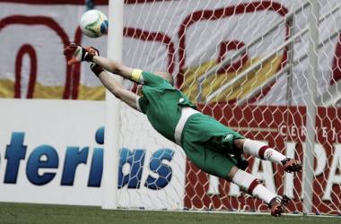 Líder dentro e fora de campo, capitão Júlio César defendeu o Timbu em 24 oportunidades nesta temporada (Foto: Marlon Costa/FPF-PE)