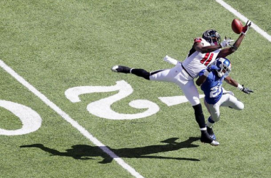 Julio Jones hauling in a stunning catch against the New York Giants.