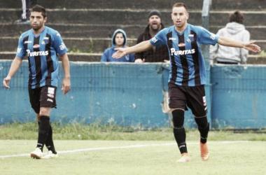 Tarde soñada para Junior Arias, autor de cinco goles, y Miguel Puglia, que convirtió dos.
