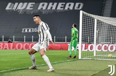 L'esultanza di Cristiano Ronaldo dopo il gol del momentaneo 1-0. | Foto: Twitter @juventuscen.