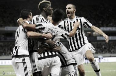 La Juventus alza su séptima Supercoppa de Italia