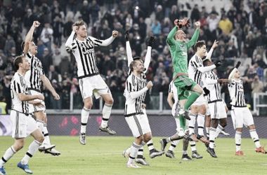 The Juventus players celebrate following their 4:0 win over Torino in December's Italian Cup match (Source: Daily Mail)