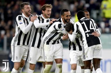 I bianconeri festeggiano dopo un goal / Juventus.com