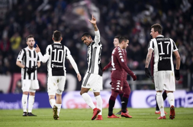 Les deux buteurs du soir, Douglas Costa et Mandzukic qui envoient la Juventus en demi-finale. (Twitter: @juventusfc)