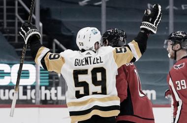 Penguins, Capitals y Maple Leafs sacan billete para los playoff