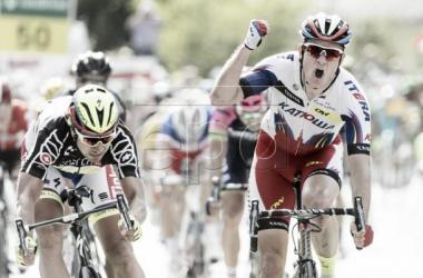 Kristoff aguanta el pulso de Sagan y se lleva la victoria