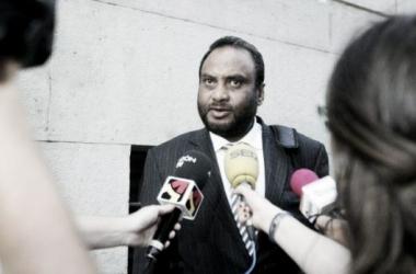 Los máximos accionistas citan a Kadir Sheikh para negociar la venta de sus acciones