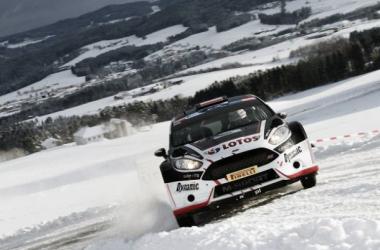 Kajetanowicz / Baran (Ford Fiesta R5) Jänner Rally 2015 (foto: FIAERC)