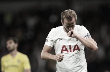 Com dois de Kane, Tottenham despacha Paços de Ferreira e vai aos grupos da Conference League