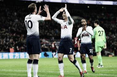 Kane y Son celebran el triunfo. Foto: Premier League.