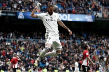 Karim Benzema celebrando un gol con el Real Madrid. Fuente: Real Madrid.