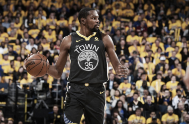 Kevin Durant in gara-2 contro gli Spurs. Fonte: Golden State Warriors.com