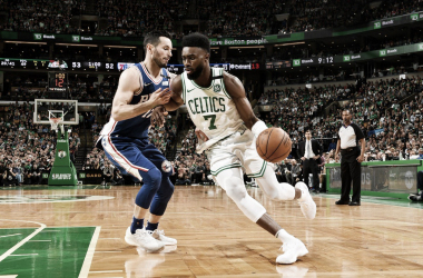 Boston Celtics guard Jaylen Brown drives against Philadelphia 76ers guard J.J. Redick in Game 5. Photo: Boston Celtics/Twitter