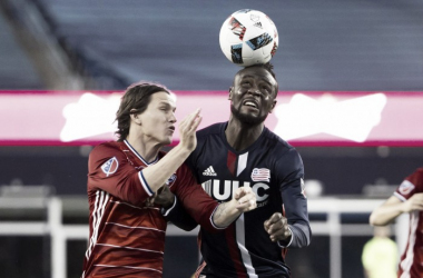 Kei Kamara goes up for a header against FC Dallas. | Photo: Winslow Townson - USA Today Sports