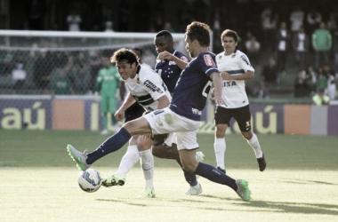 Após início de ano ruim, Coritiba e Cruzeiro buscam se redimir no Campeonato Brasileiro