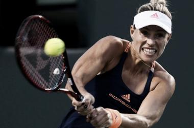 Kerber acaba con Carla Suárez y pasa a la final de Monterrey
