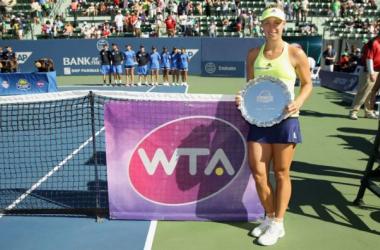 WTA Stanford: Angelique Kerber Battles Fatigue And Karolina Pliskova To Win