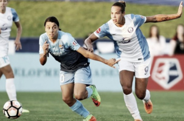 Sam Kerr and Toni Pressley battle for the ball | Source: ISI Photos - Orlandosentinel.com