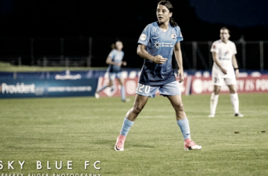 Sam Kerr lead Sky Blue to a 5-4 win over the Reign in Week 17 l Photo Jeffrey Auger/ Jeffrey Auger Photography