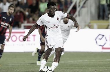 Ainda sem Ibra, Milan vence Crotone e mantém 100% na temporada