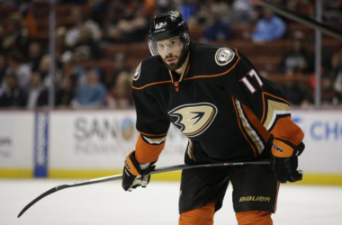 Ryan Kesler Signs Extension To Stay In Anaheim