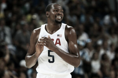 Kevin Durant is all smiles during the United States blowout win over Argentina in the Olympic quarterfinals/Photo: Andrej Isakson