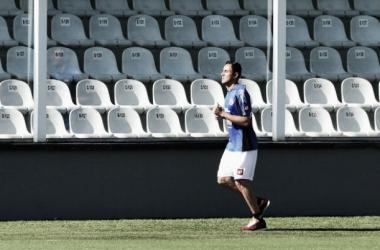 Com problemas no ombro, Navas não participa de treino da Costa Rica