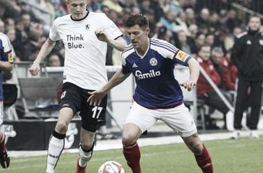 Holstein Kiel e Munique 1860 empatam sem gols no jogo de ida da repescagem da 2.Bundesliga