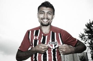 O atacante foi contratado por três temporadas (Foto: Rubens Chiri/ São Paulo FC)