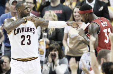 Cleveland Cavaliers forward LeBron James (23) shows love for the fans with Toronto Raptors guard Terrence Ross (31) in the background in Thursday's Game 2 | USA Today Sports