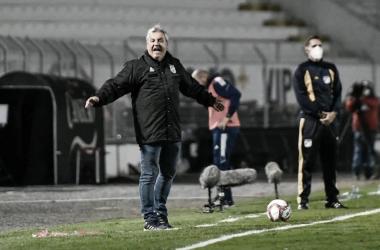 Gilson Kleina em Ponte Preta 0 a 1 Cruzeiro (Álvaro Jr / Ponte Press / Divulgação)