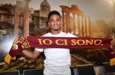 Roma - Kluivert visite e firma | Twitter Roma