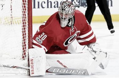 El portero en un partido. Fuente: NHL.com