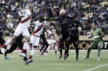 A dar vuelta el 0-2 en Quito (Foto: Los Andes).