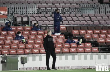 Ronald Koeman en el partido de Copa del Rey ante el Sevilla. Foto: Noelia Déniz VAVEL