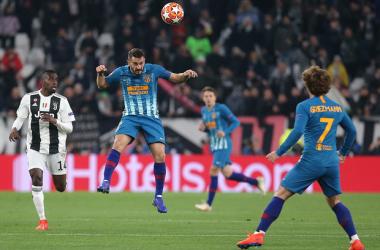 Koke y Griezmann en un lance del partido contra la Juventus. Fuente: Web Oficial Atlético de Madrid.