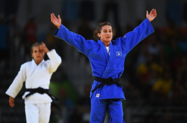 Rio 2016: Majlinda Kelmendi wins Kosovo's first ever Olympic medal