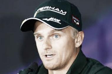Kovalainen confirmado como novo piloto de testes da Mercedes