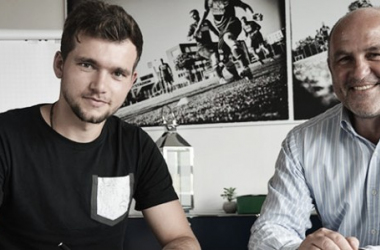 Stöger swaps Paderborn for Bochum