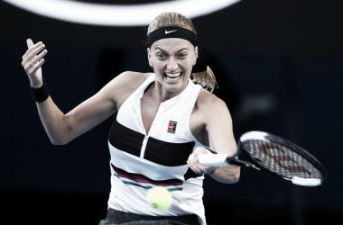 Kvitova golpea de derecha. Foto: Australian Open.