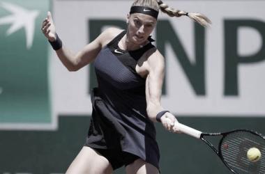 Petra Kvitová vencerá Ann Li no WTA 250 de Bad Homburg 2021 (WTA / Divulgação)