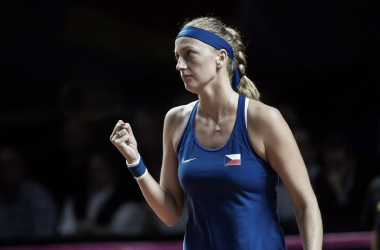 Petra Kvitova celebrates winning a point during her one-sided win over Goerges | Photo: Paul Zimmer / Fed Cup