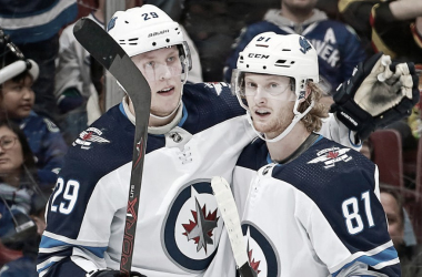 Patrik Laine y Kyle Connor   Fuente: NHL