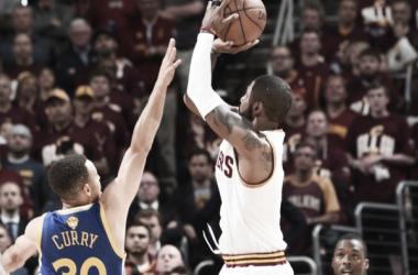 Cavs mudam postura e diminuem desvantagem dos Warriors nas finais da NBA