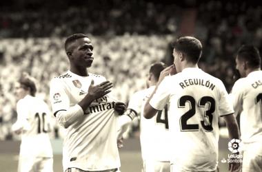 Vinicius celebrando su gol ante el Deportivo Alavés. Fuente: La Liga