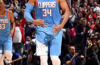 Esperanza para los Clippers y victoria decorosa para los Mavs