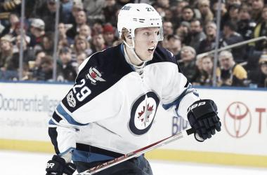 Laine no ha tenido un buen inicio de campaña. NHL.com.