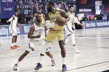 CRÓNICA: Oklahoma City Thunder aprovecha un muy mal partido de los Lakers
